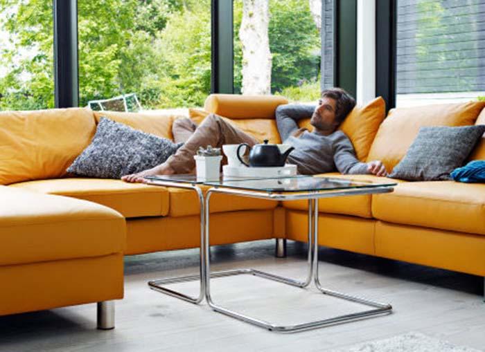 E200 sofa detail
