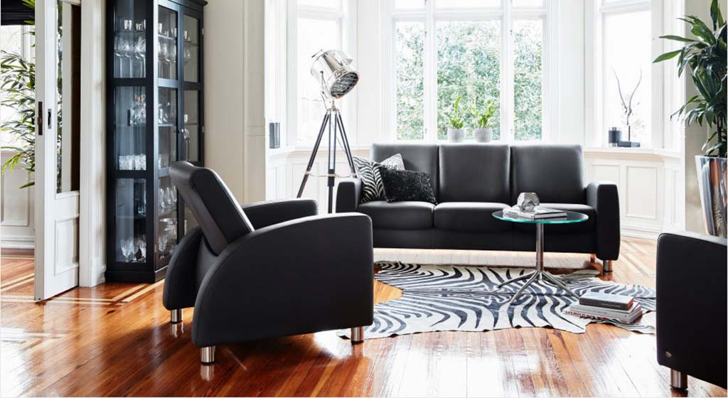 Arion low back sofa and chair