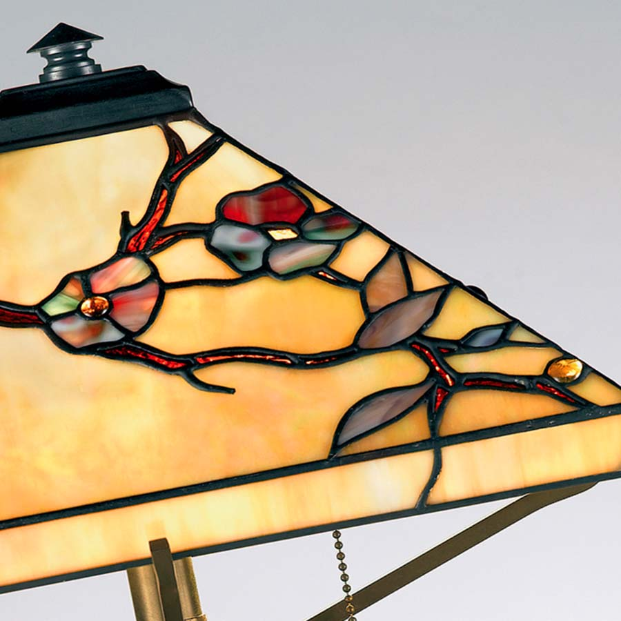 Arts and Crafts Tiffany lamp Quoizel