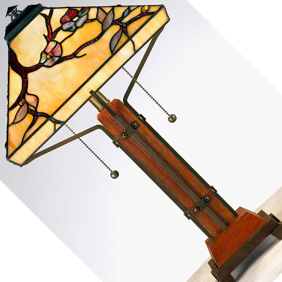 Arts and Crafts Tiffany lamp
