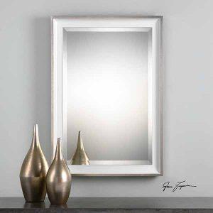 Lahvahn uttermost mirror