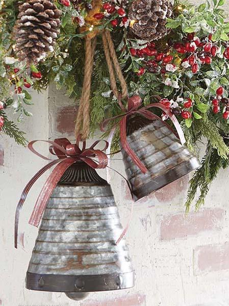 garland, pinecones, bells, raz
