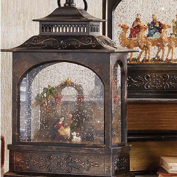 raz lantern nativity